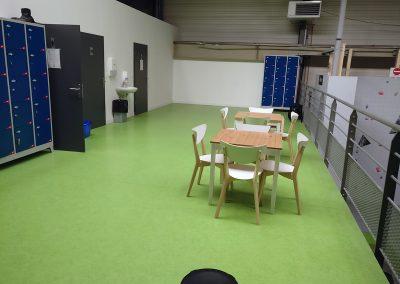 Aménagement-zone-vie-salle-d'escalade-7